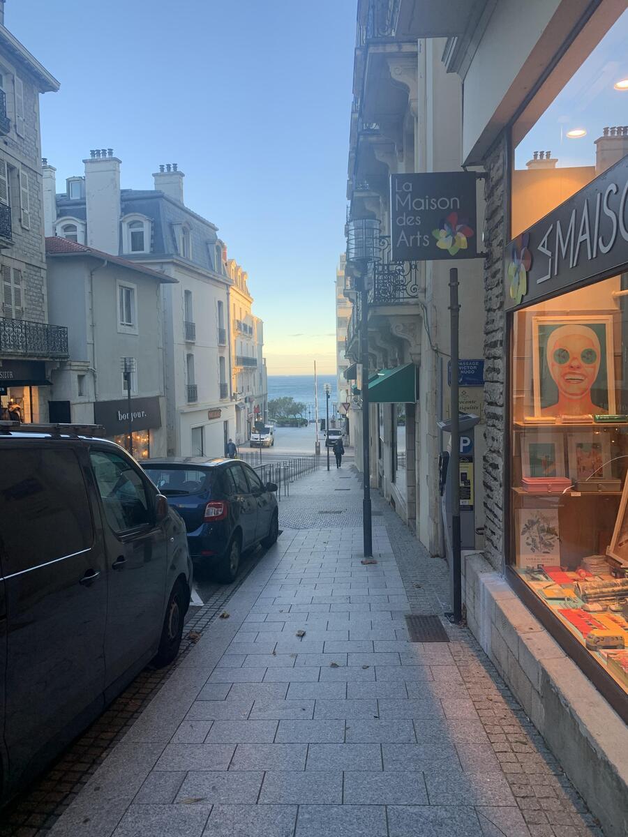 Local commercial - BIARRITZ